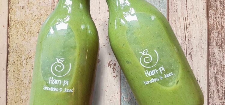 Zelený smoothie s mangom a kelom